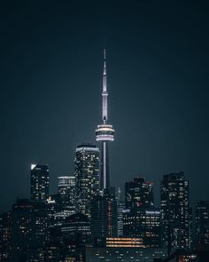 Beautiful shot of Toronto City at night - NiGHTS Toronto Cn Tower, Toronto City, City At Night, Apartment View, Toronto Ontario Canada, Time Pictures, Night Vibes, Inspirational Artwork, City Photography