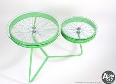 Coffee Table from Recycled Bicycle Wheels | Home Interior Design, Kitchen and Bathroom Designs, Architecture and Decorating Ideas