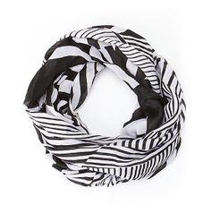 Streetfarer infinity scarf. #accessories #blackandwhite #scarf #infinityscarf