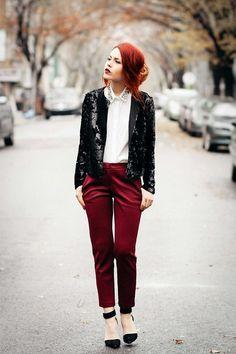 Prueba definitiva de que el rojo va súper bien con las lentejuelas:   25 Maneras de vestir con lentejuelas sin miedo este año nuevo