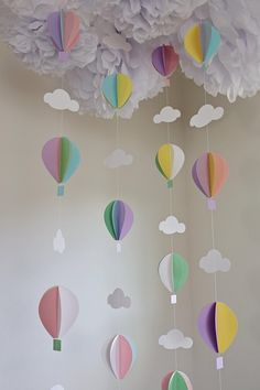 Hot air ballon garland – balloon garland – balloons – pastel balloons – hot air balloon theme – nursery decor – baby shower - Decoration For Home Deco Baby Shower, Baby Shower Balloons, Birthday Balloons, Baby Shower Themes, Baby Shower Decorations, Baby Balloon, Baby Decor, Nursery Hot Air Balloon, Baby Shower Garland