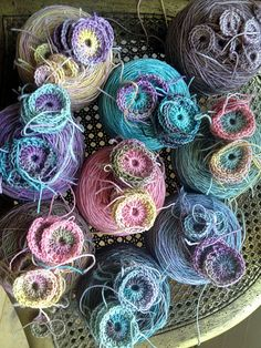 I would like to make something with this yarn!
