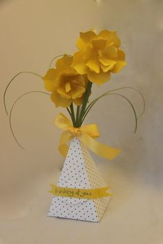 Cool Project with Fun Flowers & Petal Cone Bigz L Dies | StillStampingWithSue.com