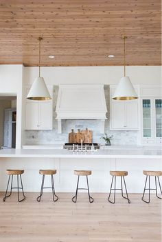 wood and natural elements transitional Kitchen
