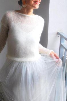 Girls Sweaters, White Sweaters, Sweaters For Women, Women's Sweaters, Knitting Sweaters, Bridal Bolero, Bridal Shrugs, Cardigan Rose, Wedding Sweater