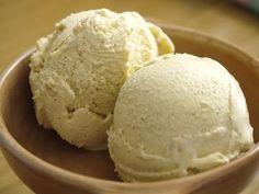 Thermomix Vanilla Ice Cream Recipe *make iqs with RMS Wrap Recipes, Sweet Recipes, Baking Recipes, Dessert Recipes, Thermomix Icecream, Thermomix Desserts, Sorbet Ice Cream, Vanilla Ice Cream, Bellini Recipe