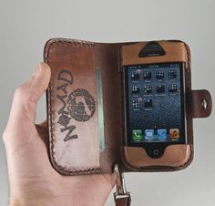 Bekijk alle stijlvolle iPhone hoesjes - #leather iphone case 4s   Leather iPhone 4 / iPhone 4s BookStyle Case / by NomadUnlimited - http://www.ledereniphonehoesjes.nl/slimme-iphone-6-hoesjes/