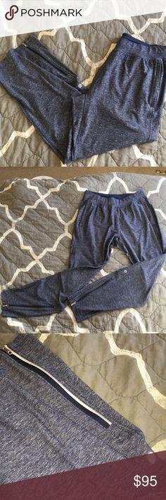 Lululemon Lounge Pants EUC Soft, flexible and stylish Lululemon lounge pants.  Size Medium. Zipper pockets on back of pants and front pockets. lululemon athletica Pants Track Pants & Joggers