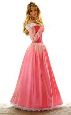 The Ryan Astamendi Disney Princess photography series brings beloved fairy-tale characters to life.//