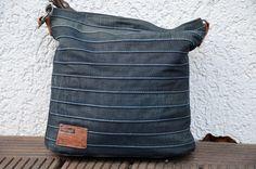"""""""Chobe"""" Upcycling Bag für alte Jeans. Schnittmuster erhältlich bei Elle Puls"""