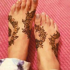 Leg Henna Designs, Mehndi Desing, Mehndi Designs Feet, Modern Mehndi Designs, Beautiful Mehndi Design, Latest Mehndi Designs, Henna Tattoo Designs, Bridal Mehndi Designs, Henna Mehndi