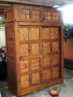 We have added this reclaimed wood pallet made closet idea in the list of awesome ideas for shipping pallets because we found it innovative. There are multiple square boxes to place the products; the closet is tall; so the upper storage area can be used for storing the items that are not used often.