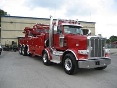 Now this is a tow truck!!