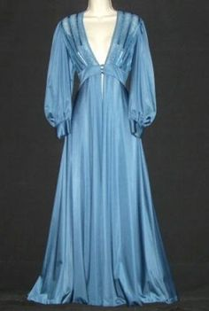 Vintage Lily of France Moody Blue peignoir, sweep. Vintage Nightgown, Vintage Gowns, Vintage Lingerie, Vintage Outfits, Vintage Fashion, Marcel Rochas, Agent Provocateur, Tea Gown, Babydoll