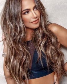 Dark Brown Hair with Cinnamon Balayage - 20 Must-Try Subtle Balayage Hairstyles - The Trending Hairstyle Brown Blonde Hair, Dark Hair, Blonde Honey, Light Brown Hair, Fixing Short Hair, Brown Hair Colors, Long Hair Colors, Hair Colour, Trendy Hairstyles