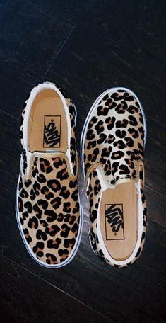 crazy shoes Feb 2020 - This Pin was discovered - Vans Leopard, Leopard Slip On Sneakers, Leopard Print Shoes, Vans Slip On, Slip On Shoes, Crazy Shoes, Me Too Shoes, Sneakers Fashion, Fashion Shoes