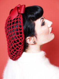 Vintage Snood and Hairstyle
