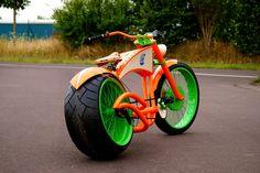 E-Bikes , Custom Bikes, Beachcruiser , Sonderanfertigung Elektrofahrräder Cruiser Bicycle, Motorized Bicycle, Trike Bicycle, Fat Bike, Cool Bicycles, Cool Bikes, Range Velo, Lowrider Bicycle, Motorised Bike