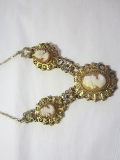 Vintage Cameo Necklace, gold wash metal.
