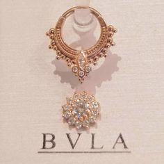 Beautiful #Andromeda septum (or daith) ring with stunning #Rose threaded top both by BVLA in luxurious rose gold. Come see all the sparkly treasures we've been hoarding or visit our online shop! #makingbodiesbeautiful #BVLA #rosegold #jewelryupgrade #septumjewelry#preciousmetal