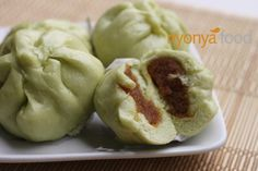 Kaya Bao. Bao or steamed buns are popular among the Chinese communities and is usually eaten during breakfast or as a snack at any time of the day