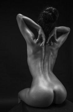 Ars amandi ♥ the art of love. Bb Beauty, Beauty Women, Sublime Creature, Art Of Love, Body Poses, Foto Art, Boudoir Photography, Woman Photography, Erotic Art