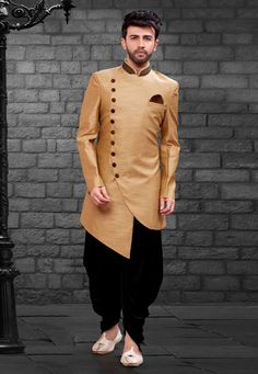 Get a stylish look carrying this Beieg Colour Imported,Silk Fabric Men's Indowestern. All patterns are intricately embellished with Plain work. Wedding Dresses Men Indian, Wedding Outfits For Groom, Wedding Dress Men, Mens Indian Wear, Indian Groom Wear, Indian Men Fashion, Kurta Pajama Men, Boys Kurta, Western Suits