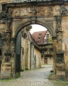 Entrance gate to the 15th century courtyard of Alte Hofhaltung; Bamberg, Germany