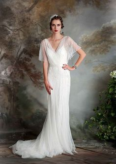 Vintage Inspired Eliza Jane Howell Clara Wedding Dress | www.onefabday.com/eliza-jane-howell-debutante-collection/ | #WeddingDress #1920 #Gatsby #Downton