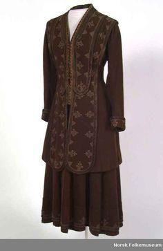 skirt suit 1905-1910