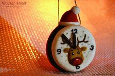 Woolen Street • Мастерская войлочных игрушек: новогодние часики с участием Рудольфа
