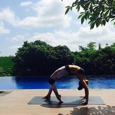 Adele one of our favourite yoga coaches doing her thing at the IN2U Health Hub in Canggu.