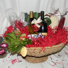 Holiday basket Holiday Baskets, Gift Ideas, Table Decorations, Christmas, Gifts, Home Decor, Xmas, Presents, Decoration Home
