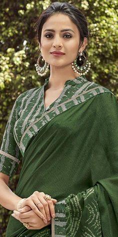 Cotton Saree Designs, Saree Blouse Neck Designs, Simple Blouse Designs, Kurta Neck Design, Stylish Blouse Design, Stylish Dress Designs, Saree Styles, Blouse Styles, Designer Blouse Patterns