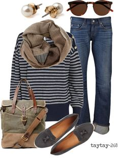 I would totally wear this out shopping or to a bonfire, cute and comfy on-the-go outfit