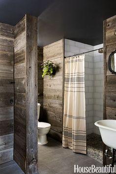 Reclaimed Barn Wood Bathroom #rusticstyle #farmhousebathrooms #reclaimedwoodwalls http://thedistinctivecottage.com