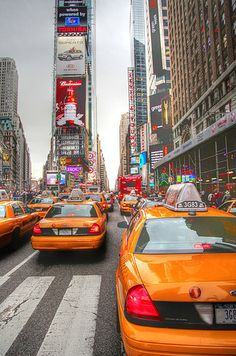 """New York, Times Square, The United States of America Visit Times Square in NYC. [Photo """"Lovely Chaos @ New York City by Vinoth Chander. Times Square, New York Wallpaper, New York City Photos, New York City Travel, City Aesthetic, City That Never Sleeps, New York Street, Streets Of New York, City Photography"""