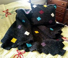 80s Confetti afghan and pillowcase.   Love the colors on thus one!  Free :Pattern