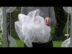 How to make a Deco Mesh Bow (Sinamay) How to make a Deco Mesh Bow (this one is for a wedding, but you can use this guide to make them for anytime of the year ) agf