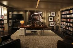 Castle's Office. I want this room in my home.