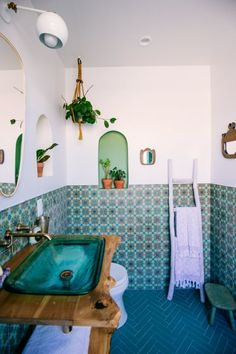 Fireclay tile in our new Jungalow bathroom Bathroom Design Bathroom Fireclay Jungalow Tile Bad Inspiration, Bathroom Inspiration, Fireclay Tile, Beautiful Bathrooms, Bathroom Interior, Interior Livingroom, Design Bathroom, Bathroom Colors, Bath Design