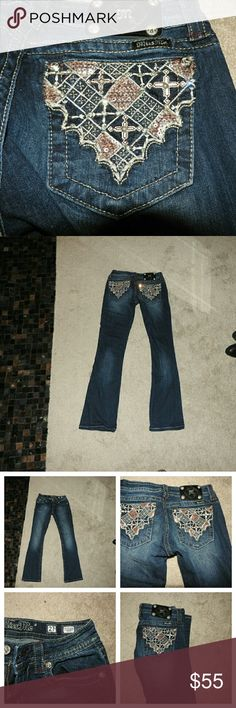 Miss Me Jeans Great pair of Miss Me jeans in excellent condition. Embroidered and embellished back pockets. Inseam 32 inches. Miss Me Jeans Boot Cut