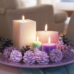 Easy and Elegant Christmas Candle Decorating Ideas. Use my pine cones with red candles Elegant Christmas, Christmas Home, Christmas Crafts, Xmas, Modern Christmas, Scandinavian Christmas, Christmas Staircase, Christmas Bedroom, Beach Christmas