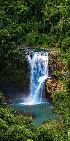 Secret Tegenungan jungle Waterfall, Bali, Indonesia