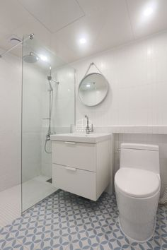 25 pyeong apartments with different interior methods Bathroom Design Small, Modern Bathroom, Tiny Apartments, Home Reno, Minimalist Home, Dressing Room, Bathroom Interior, Decor Styles, Sweet Home