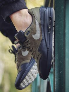 Nike Air Max 1 Dark Stucco - 2017 (by altof95)  Buy here