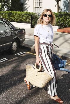 Discover the casual but cool outfit ideas fashion girls are wearing this summer.