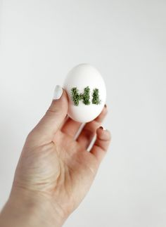 DIY Easter Eggs Decorated with Moss