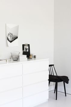 Black and White Bedroom Featuring Ikea Malm Ikea Malm Drawers, Masculine Interior, Minimal Bedroom, White Bedroom, Trendy Bedroom, White Furniture, My New Room, Interior Design Inspiration, Home And Living