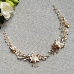 ✨Mia set✨  #veloefilo Wedding Hair Accessories, Wedding Hairstyles, Chain, Bracelets, Jewelry, Jewlery, Jewerly, Necklaces, Schmuck